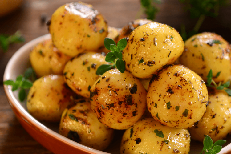 Quick Tasty Boiled Potatoes The Smashed Potato