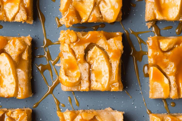 apple cake with cinnamon recipe